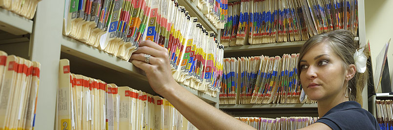 Medical record scanning sesrvices for London from Pearl Scan.
